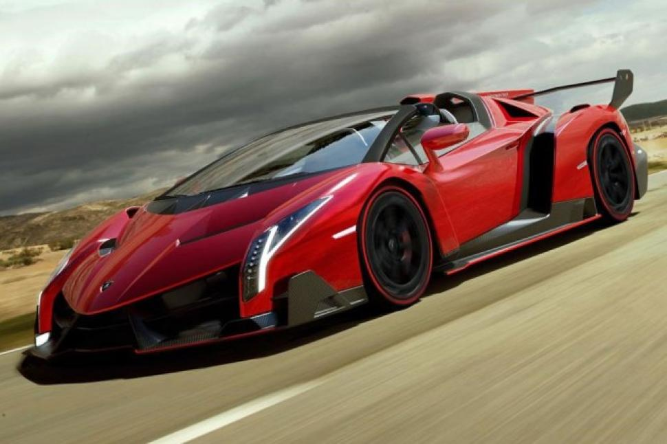 Lamborghini Veneno Roadster | 740 Horsepower 7 Speed Over The Top Monster