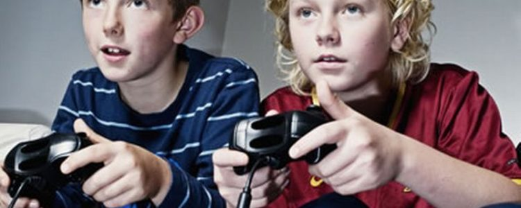 children play video games