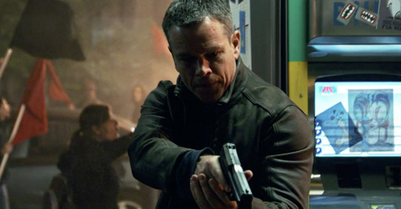 matt damon jason bourne gun