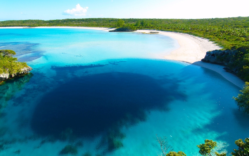 Dean's Blue Hole, Long Island, Bahamas | Mysterious Hole
