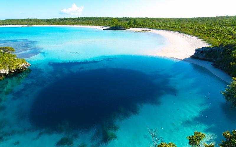 Dean's Blue Hole, Long Island, Bahamas | Mysterious Hole