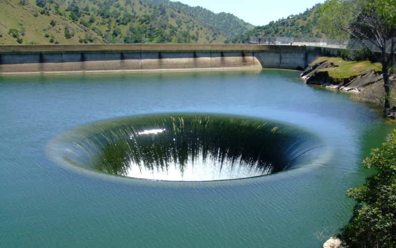 Glory Hole, Monticello Dam, Napa, California | Amazing Hole