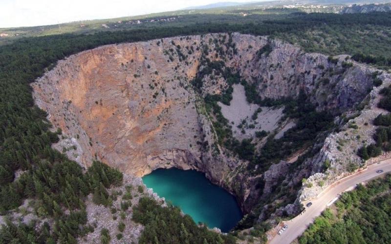 Red Lake, Croatia | Huge Hole