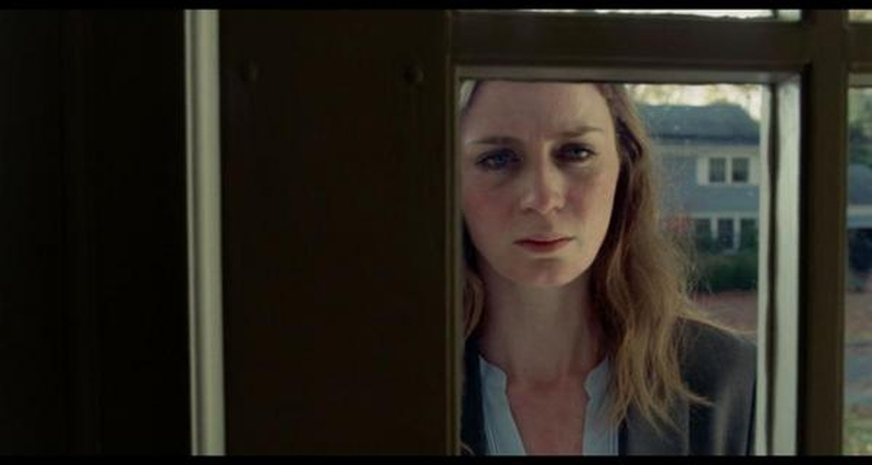 the-girl-on-the-train-2016-movie-review-3