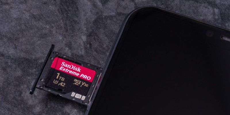 android-micro-sd-card-slot